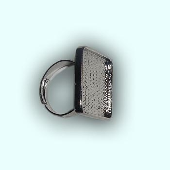 Metal Square ring 20 x 20